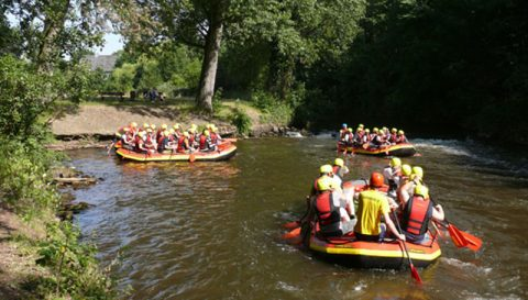 Rafting als actionreiche Outdoor Firmenaktivität