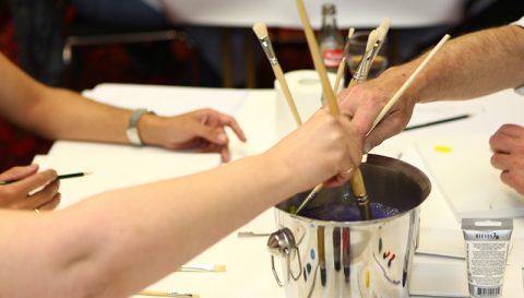 Team-Painting - Bei diesem Teamevent bekennen Sie Farbe